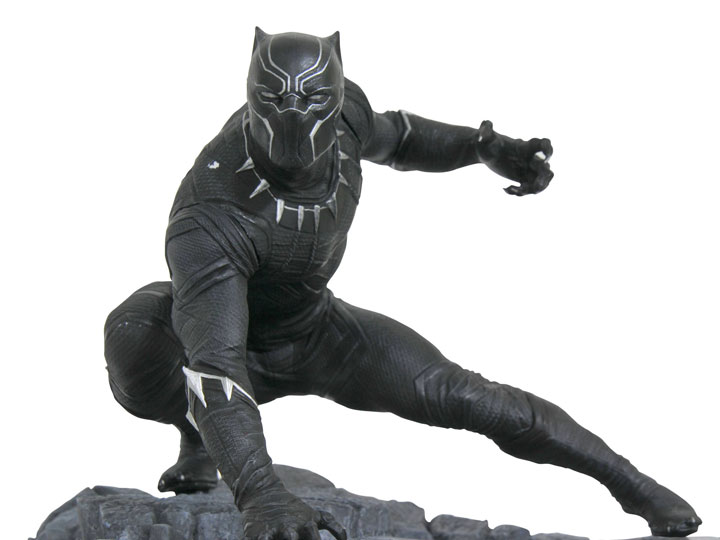 STATUES, REPLICAS, DC COLLECTIBLES & BUST